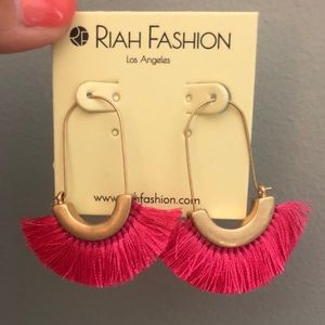 Pink/gold earring